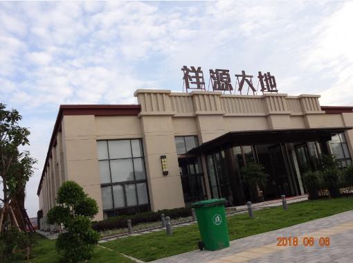 广西柳州河西祥源大地销售部外墙grc线条施工实拍
