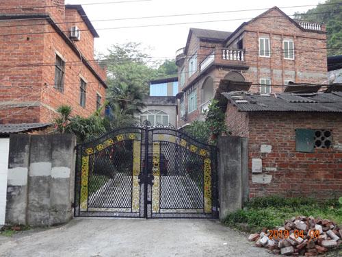 柳州鱼峰区社湾私人别墅外墙grc线条施工案例