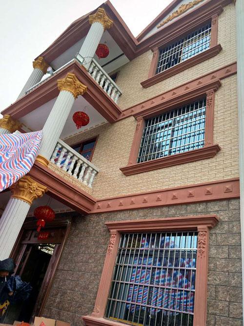 柳州鱼峰区里雍私人别墅外墙grc线条构件案例(完工)