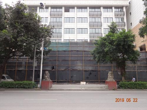 柳州鱼峰区鱼峰分局外墙grc构件线条案例(施工中)